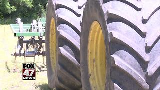 Massive tractor stolen from a Mid-Michigan farm - Video