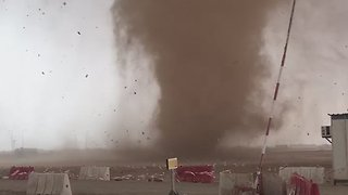Dramatic Double Tornadoes Seen in Al Khor - Video
