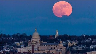 Supermoon Rises Over Rhode Island State House in Providence - Video