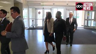 Parents of accused Seminole Heights killer walk into courtroom to meet with prosecution team - Video