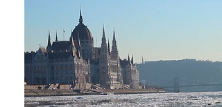 Beautiful Images Captured in Budapest During Cold Spell - Video