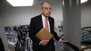 Grassley Wants Supreme Court Justices To Decide On Retirement