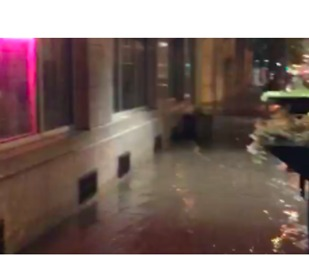 Des Moines Streets Under Water After Torrential Rains - Video