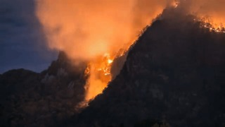 Dramatic Timelapse Shows Lake Lure Wildfire - Video