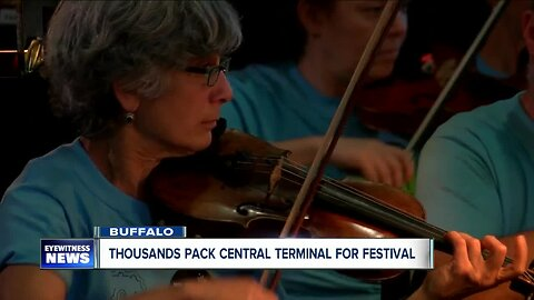 Thousands pack central terminal for east side festival