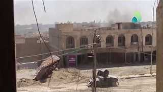 Iraqi Forces Storm Last IS-Held Neighborhood in Western Mosul - Video