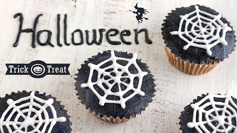 Halloween spider web cupcake toppers tutorial