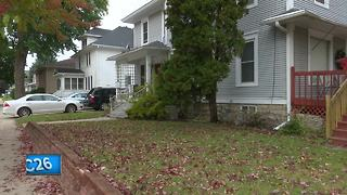 Police continue search for Oshkosh home intruder - Video