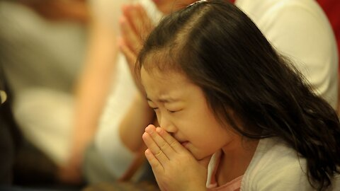 Mom Moment : Praying for Your Children