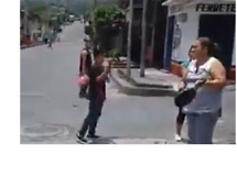 Residents Make Noise on Empty Street During Day-Long Strike - Video