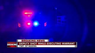 Deputy wounded while executing search warrant - Video