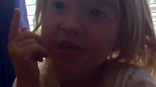 Toddler goes on an adorable rant  - Video