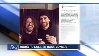 Aaron Rodgers kicks it at Foo Fighters concert - Video