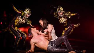 Dance auditions for Cirque du Soleil held in Las Vegas - Video