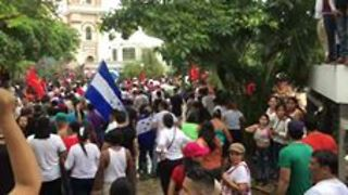 Protesters Demonstrate in Honduras As Election Unrest Escalates - Video