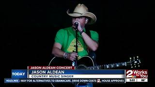 Jason Aldean performs in Tulsa after Las Vegas shooting - Video