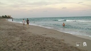 Florida governor expected to close beaches, non-essential businesses in Palm Beach County