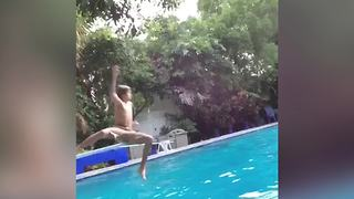 Boy Jumps In The Pool And Fails - Video