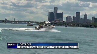 Crews prepare for Chevy Hydrofest on River