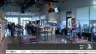 Restaurant jobs going unfilled as customers return to dining out