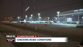Snow and rain mix in Westlake during morning commute - Video