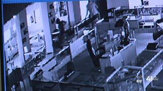 Thieves target local jewelry store