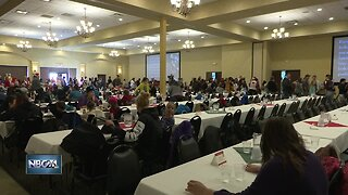 Community Christmas features dinner for those in need