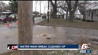 Service restored after a water main break on Indianapolis' southeast side - Video