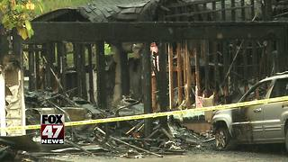 Four people in critical condition after fire destroyed home - Video