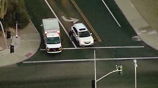 Raw: Moments before suspect shot by police after U-Haul chase - Video