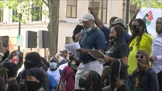 Blake's family lead Kenosha rally against police violence