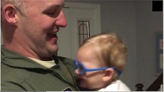 Watch This Priceless Moment When Baby Sees Dad For The First Time With The Help Of Glasses - Video