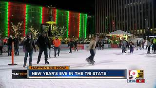 Despite the cold, NYE party continues at Fountain Square - Video