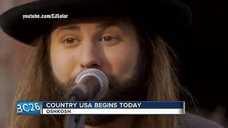 Country USA kicks off - Video