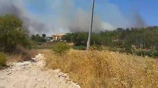 Wildfire Forces Evacuations in Sicilian Town of Sciacca - Video