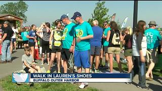 Walk in Lauren's shoes - Video