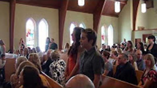 Music Students Pull Off Flash Mob During Wedding Ceremony  - Video