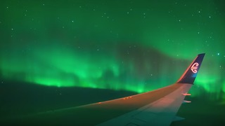 Stunning Timelapse Shows Southern Lights From Charter Flight
