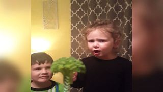 Mom Tricks Kids With Fake Treat - Video