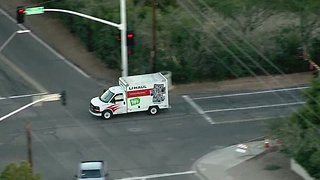 Raw video: U-Haul truck flees from police