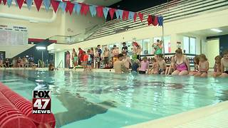 Mason hosting World's Largest Swim Lesson - Video