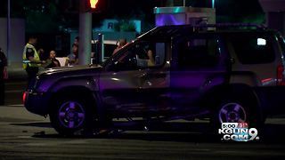 Impaired driver hits self-driving vehicle, 3 other cars in Mesa - Video