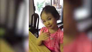 A Little Girl Admits Тo Cutting Her Hair By Herself - Video