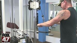 Keeping your New Year's resolution to get in shape - Video