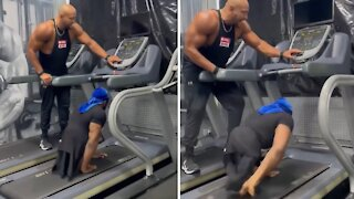Athlete without legs runs incredibly fast on treadmill