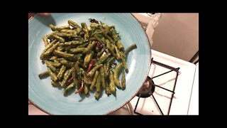 Double spicy deeply fried green beans 干煸豆角