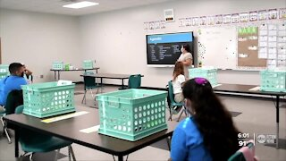 Hundreds of Fla. teachers have fled the classroom since school started