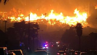Thomas Fire Engulfs Apartment Complex in Downtown Ventura - Video