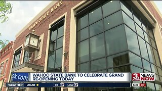 Wahoo State Bank celebrates grand re-opening