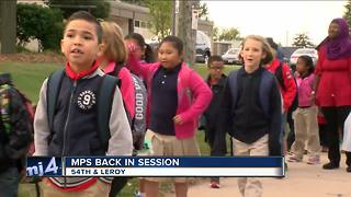 MPS students head back to school in uniform - Video